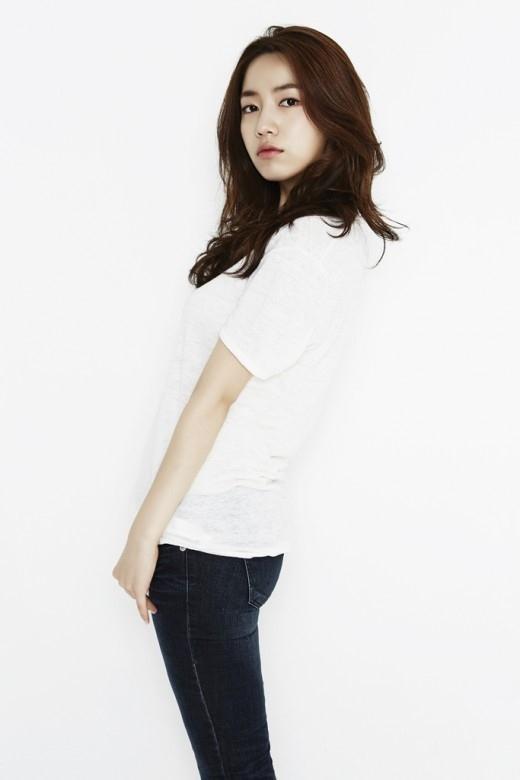 """ファヨン、SBSの2部作ドラマ「母の選択」にキャスティング""""初めてで不安と期待がある"""""""