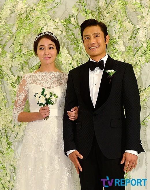 イ・ビョンホン&イ・ミンジョン夫妻、妊娠7ヶ月を発表…4月に親になる(公式発表)