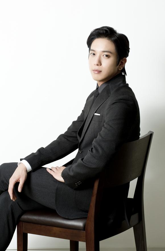 [R�PORTAJ]CN Blue- Jung Yong Hwa �Marry Him If You Dare� K-Style R�portaj�///10.10.2014