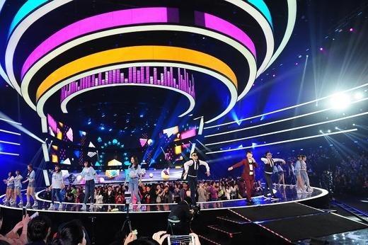 イム・チャンジョン、SNH48とコラボステージ披露!「2015 韓中歌謡祭」盛況のうちに終了