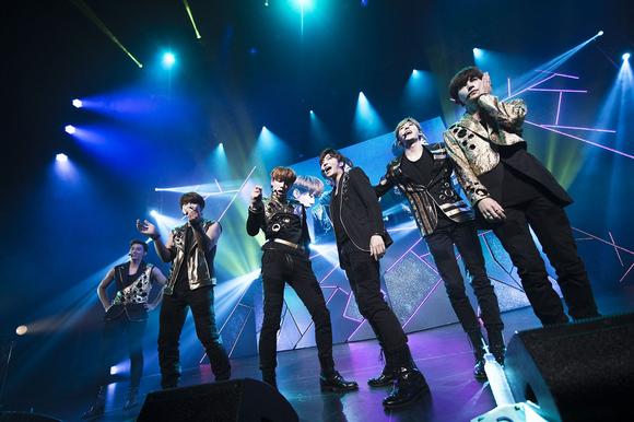 U-KISS、2015年ツアーファイナル大団円のうちに幕!ファンクラブイベントも発表