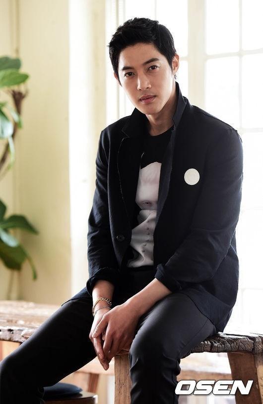 キム・ヒョンジュン、3月31日の入隊を延期