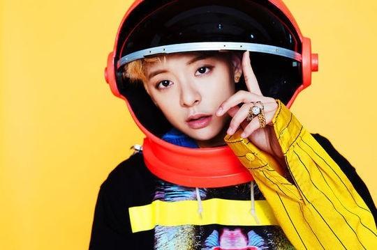 """f(x) エンバ、ソロアルバム「Beautiful」がHANTEOチャートのデイリー1位に!""""人気を証明"""""""