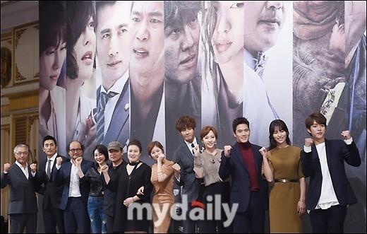 韓国初のパニックメディカルドラマ「D-DAY」ソウルが大地震に見舞われたら?(総合)