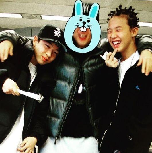 "BIGBANGのG-DRAGON&SOLの幼い頃の写真が公開…無邪気な笑顔に""視線集中"