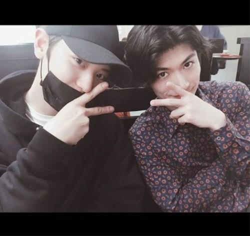 EXO チャンヨル、三浦春馬と日本で記念ショット\u2026日韓イケメンの