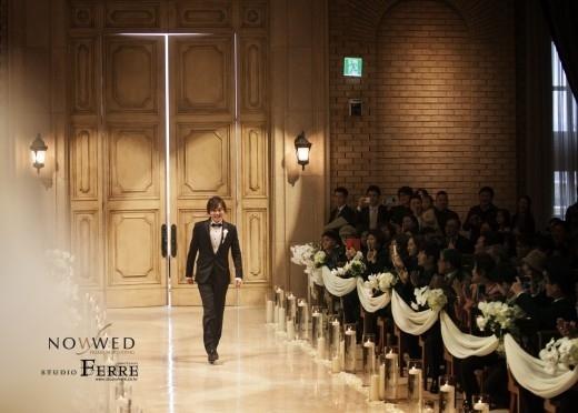 """""""本日結婚""""キム・ギョンホ、式場での姿を公開…13歳年下の日本人女性とゴールイン"""