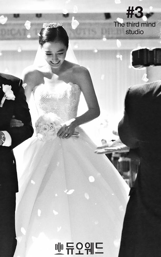 「私たち結婚しました」「Dr.JIN」のイ・ソヨン、映画のような結婚式の様子を公開