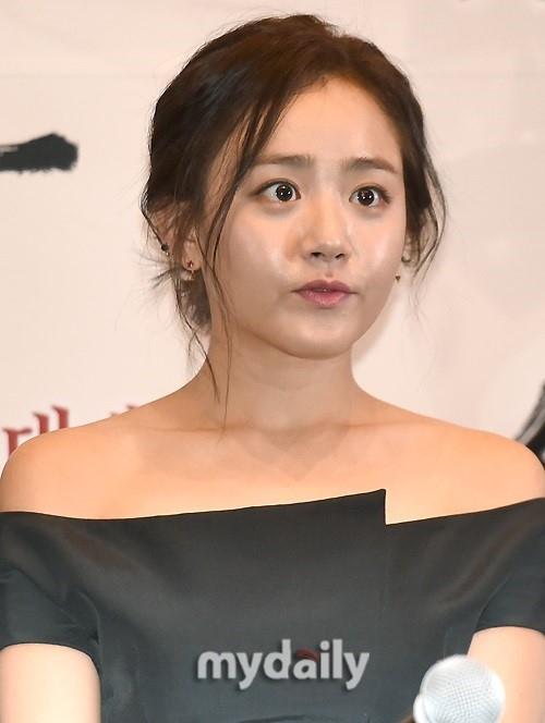 女優ムン・グニョンが緊急手術…...