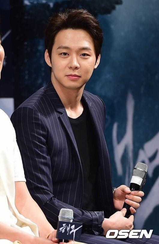 JYJユチョン、ドラマに続きスクリーンでも輝いた!韓国映画評論家が選ぶ今年の新人賞を受賞