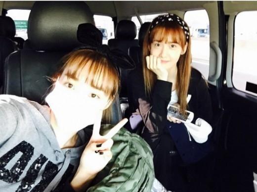 少女時代 ユナ&ティファニー、キュートなすっぴんツーショット公開「4日後に東京ドームで」