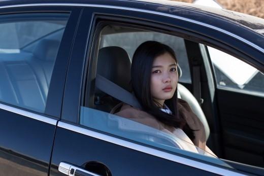キム・ユジョン、映画「秘密」で殺人者の娘に変身…キャラクターに完璧に溶け込む