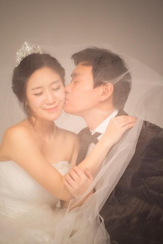 元LPG ホ・ユナ、13年ぶりに再会した9歳年上の恋人と3月に結婚「優しくて家族思いな人」
