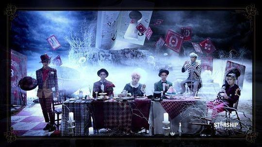 "BOYFRIEND、新曲「BOUNCE」の予告映像を公開!""残酷童話3部作"""