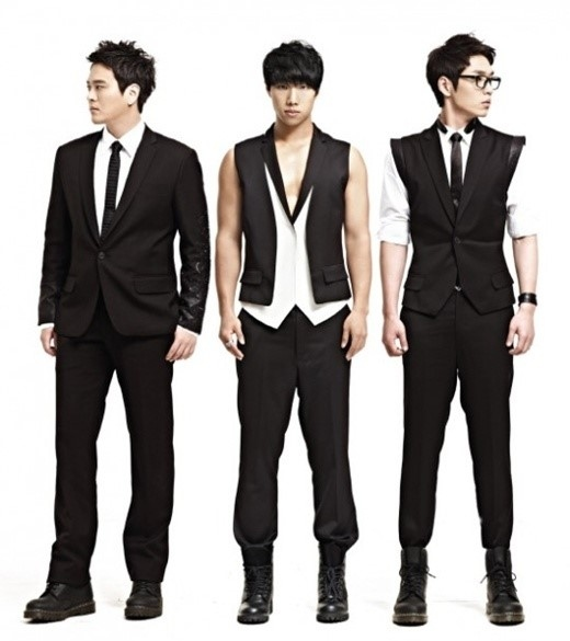 sg WANNA BE+、CJ E&Mと専属契約締結「4年ぶりのカムバック、わくわくする」