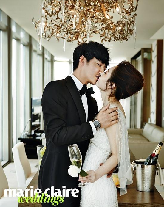 """""""今週結婚""""ユン・サンヒョン&MayBee、腰を抱いて甘いキス…ハワイで新婚グラビア"""