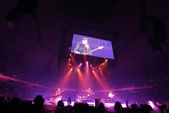 CNBLUE、初の単独武道館ライブ開催で2万6千人を動員「ステージが僕たちの居場所」
