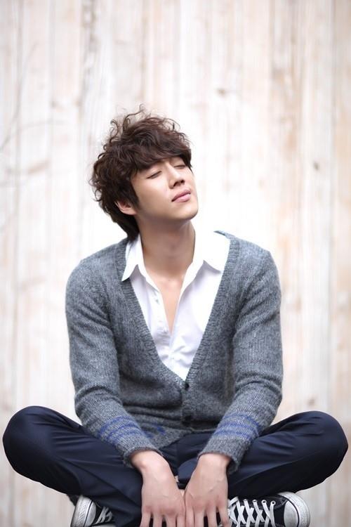 「芸・体・能」で活躍したキム・ヒョク、映画「ある殺人」の主役に抜擢