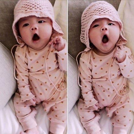 """クォン・サンウ、1月に産まれた娘リホちゃんを初公開!""""愛らしさいっぱい"""""""
