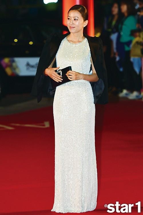 韓国スターのファッション&コスメはどこのブランド?気になる流行アイテムを隈なくチェック!