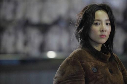 """2NE1のDARA、ウェブドラマ「ドクター・イアン」を4ヶ国語でPR""""期待してくださいね"""""""