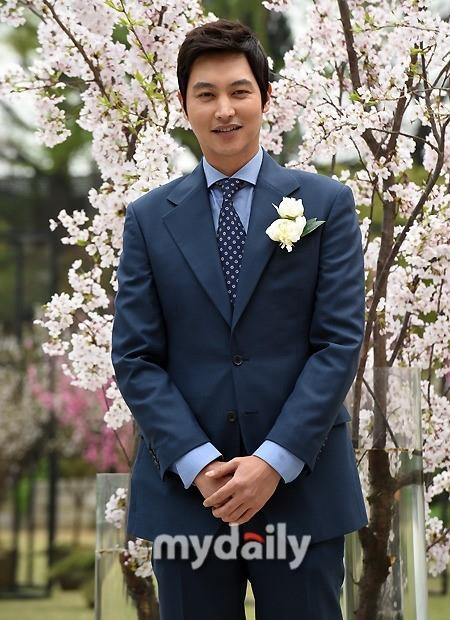 ソン・ジョンホ、ドラマ「オレンジ・マーマレード」で優しいヴァンパイアに…ヨ・ジング&CNBLUE イ・ジョンヒョンらと共演