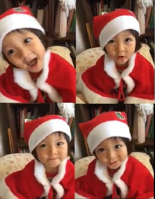 SHIHOの娘サランちゃん、韓国語でクリスマスソングを熱唱!サンタの衣装で登場