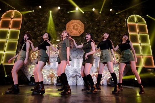 "Gfriend Love Whisper Bugs K2nblog Com: GFRIEND、東京でのコンサートが大盛況…10月に日本オリジナル曲発売で""高まる期待"""