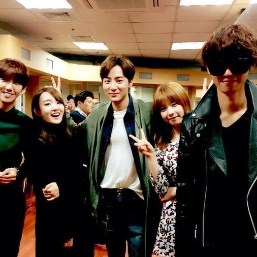 ロイ・キム、チョン・ジュンヨン&ユンナ&ZE:A グァンヒ&JUNIELと一緒に…楽しい一時を振り返る