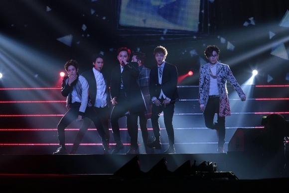 「ファンの皆さんはいてくれるだけで十分」BEAST、横浜アリーナ公演を大盛況のうちに終了