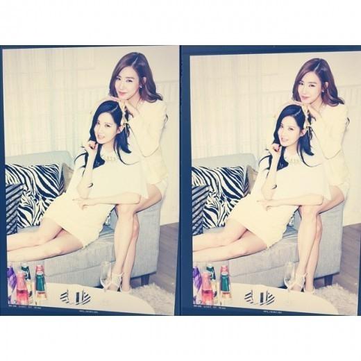 少女時代 ティファニー&ソヒョン、短いワンピース姿で美脚を披露