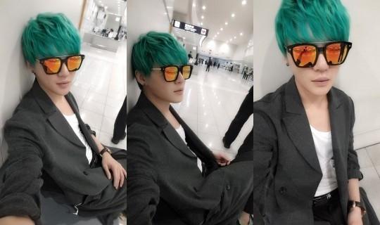 JYJ ジュンス、福岡空港で撮ったセルフショット公開「サングラスの中に私の顔がもう一つ」
