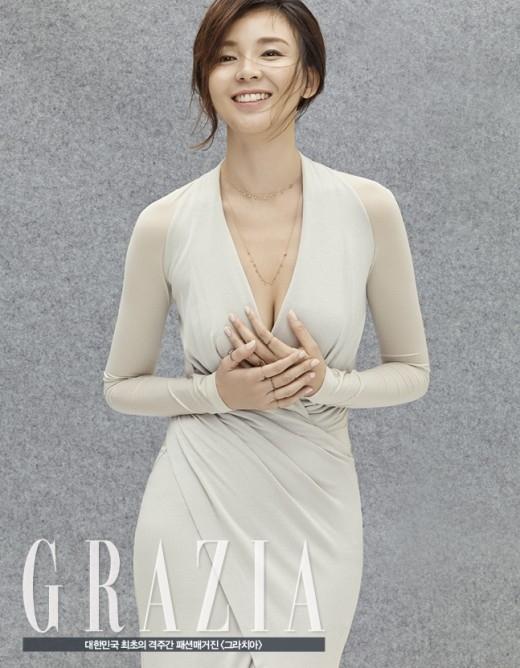 SHIHO、ママではなくモデルとして戻ってきた…韓国紙で完璧なプロポーションを披露