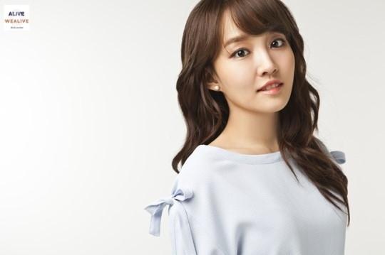 ユンナ、新アルバム発売延期をめ...