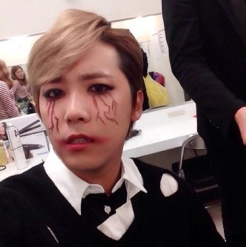 FTISLAND イ・ホンギ、ハロウィンの仮装姿を公開!驚きのメイクに注目