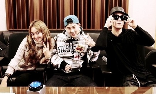 "SISTAR ヒョリン&San E&ジュホン、新曲「Coach Me」順調な滑り出し…""高い関心を証明"""