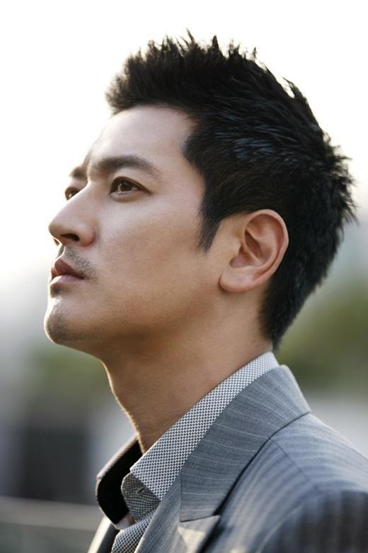 """""""機内騒動で自粛中""""Bobby Kim、12月の小劇場公演で復帰「初心にもどる」"""