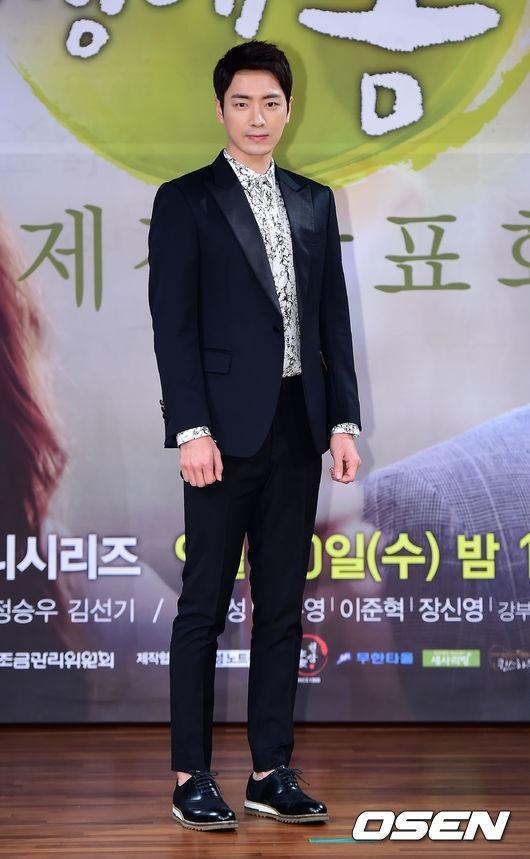イ・ジュニョク、新ドラマ「青い鳥の家」男性主人公にキャスティング…青春の感性を伝える
