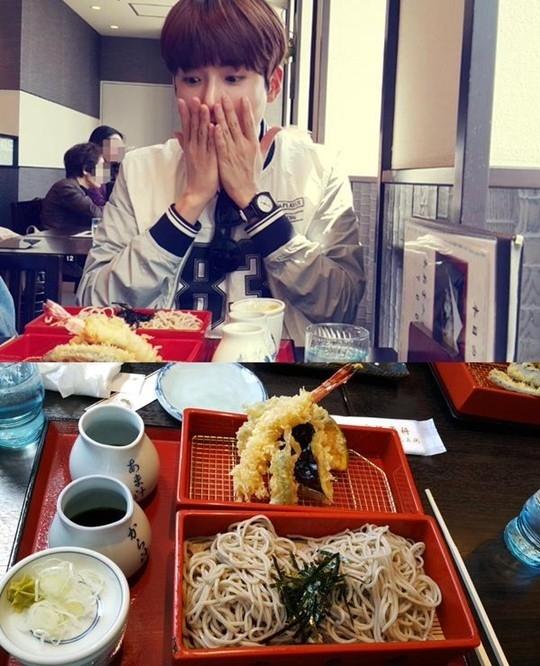 """SUPER JUNIOR リョウク、蕎麦を前に可愛いポーズ""""びっくり"""""""