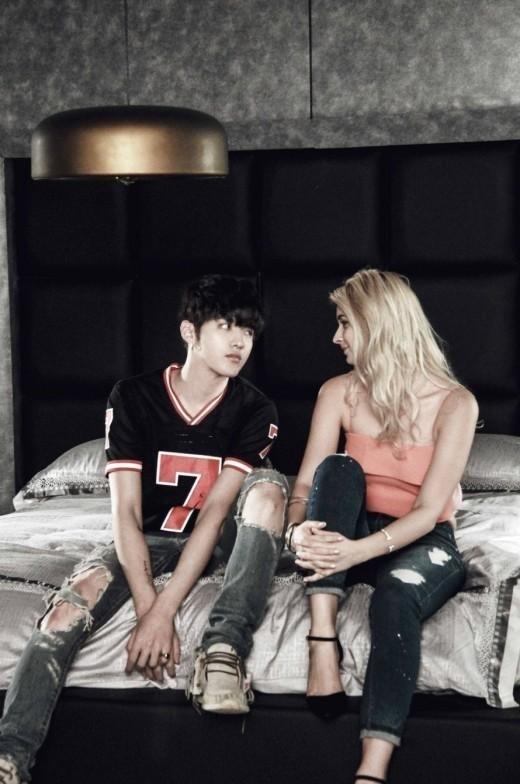 EXO元メンバークリス「Bad Girl」予告映像を公開…金髪美女とロマンチックな雰囲気