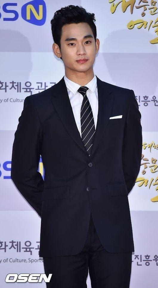 キム・スヒョン、ドラマ「プロデューサー」の出演オファーを受け検討中