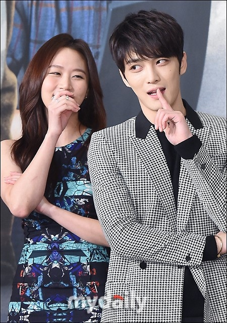 JYJ ジェジュンは「愛するしかない男性」…「スパイ」恋人役を演じるコ・ソンヒが賞賛