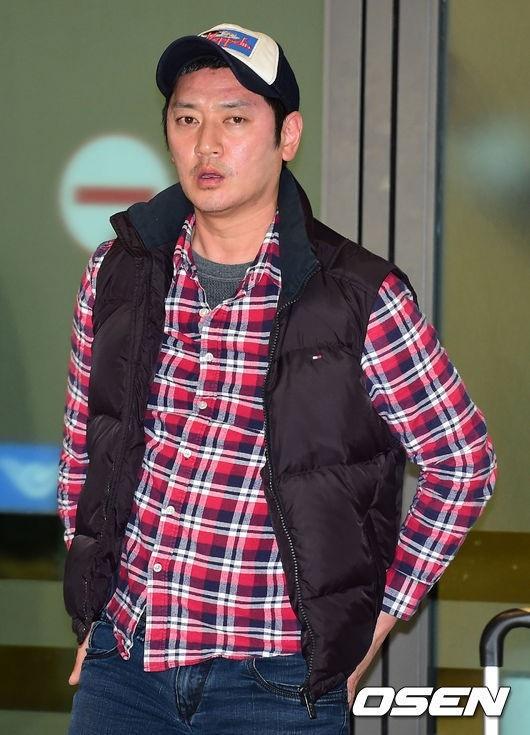 やつれた顔で登場し「申し訳ございません」Bobby Kimが機内トラブルを直接謝罪