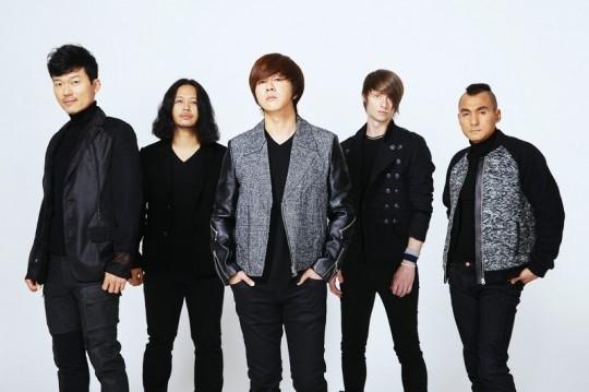 CNBLUE ジョン・ヨンファ、YBのコンサートにゲスト出演!ロックバンドの先輩・後輩で合同ステージ披露
