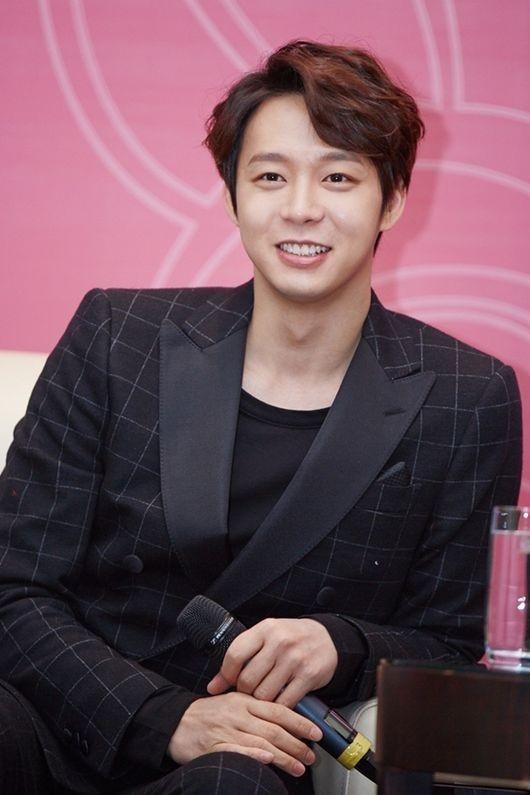 """JYJ ユチョン、中国ファンミーティングに現地の熱気が溢れる…""""良い思い出を作りたい"""""""