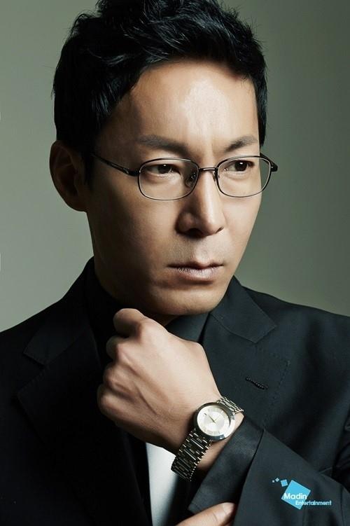 「相続者たち」キム・ウビンの父役チェ・ジンホ、映画「猟奇的な彼女2」に出演…悪役演技を披露