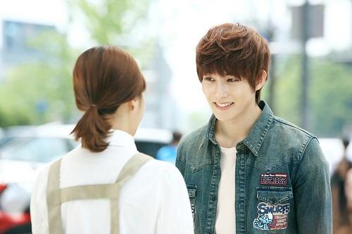 Lee Jonghyun News: 【スターコラム】CNBLUE イ・ジョンヒョン「僕は恋の邪魔者?」 ― Vol.2