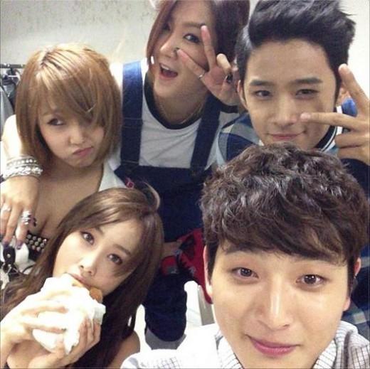 jaejin and seohyun dating