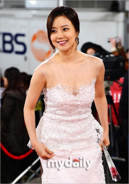 ムン・チェウォン ドレス